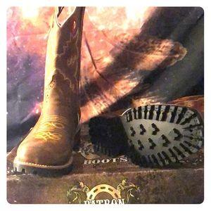 Patron boots